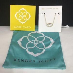 NWT. Kendra Scott Elisa style necklace.